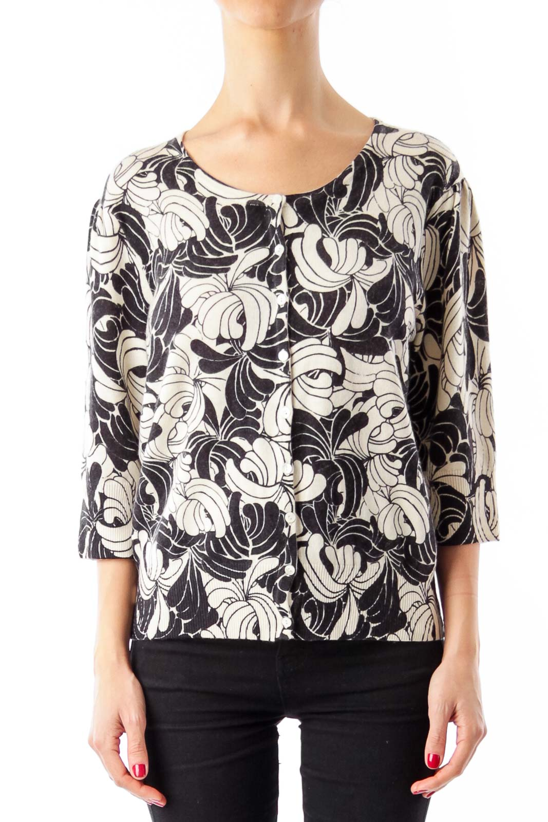 Black & White Flower Print Cropped Sweater Front