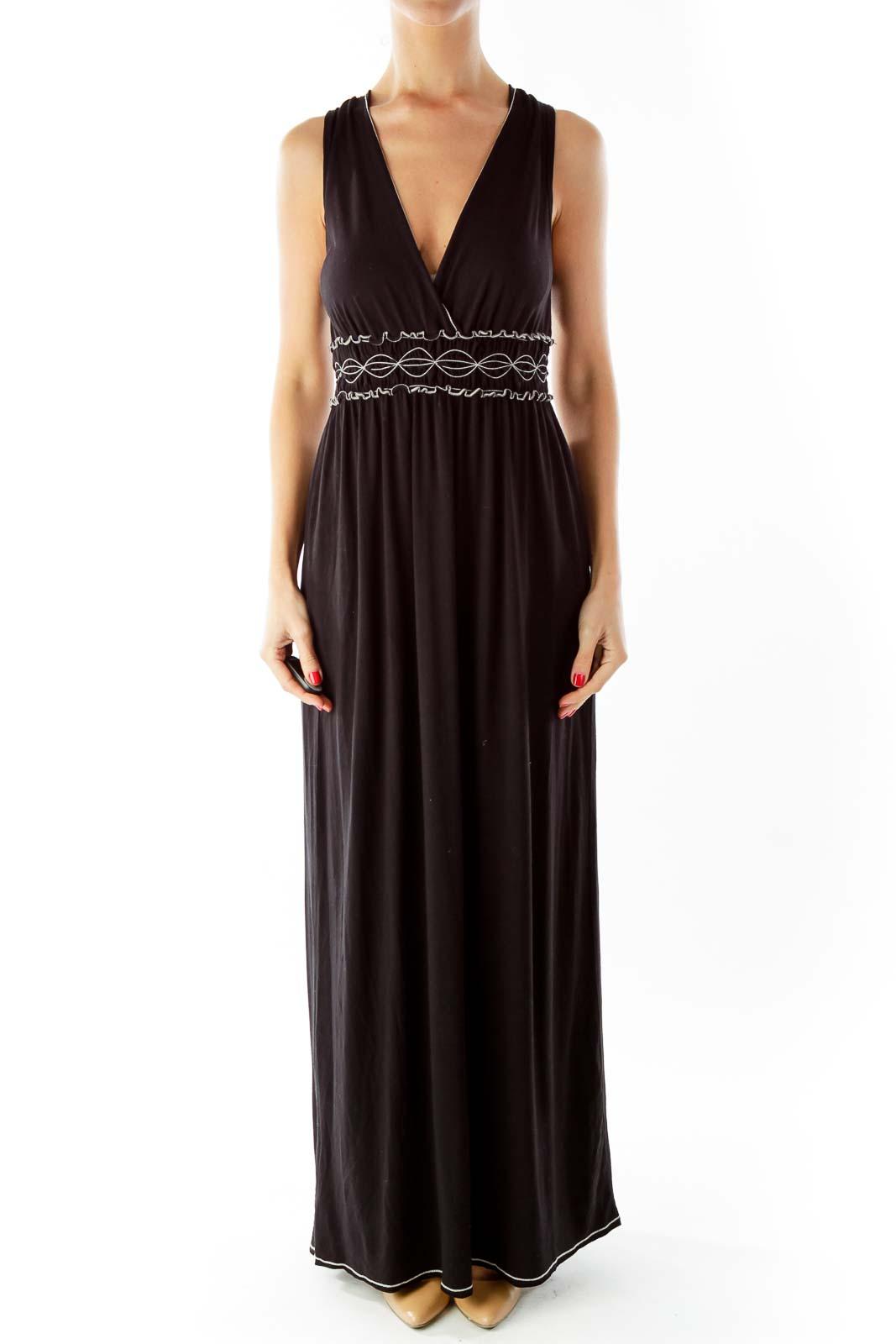 Black White Scrunched V-Neck Maxi Dress Front