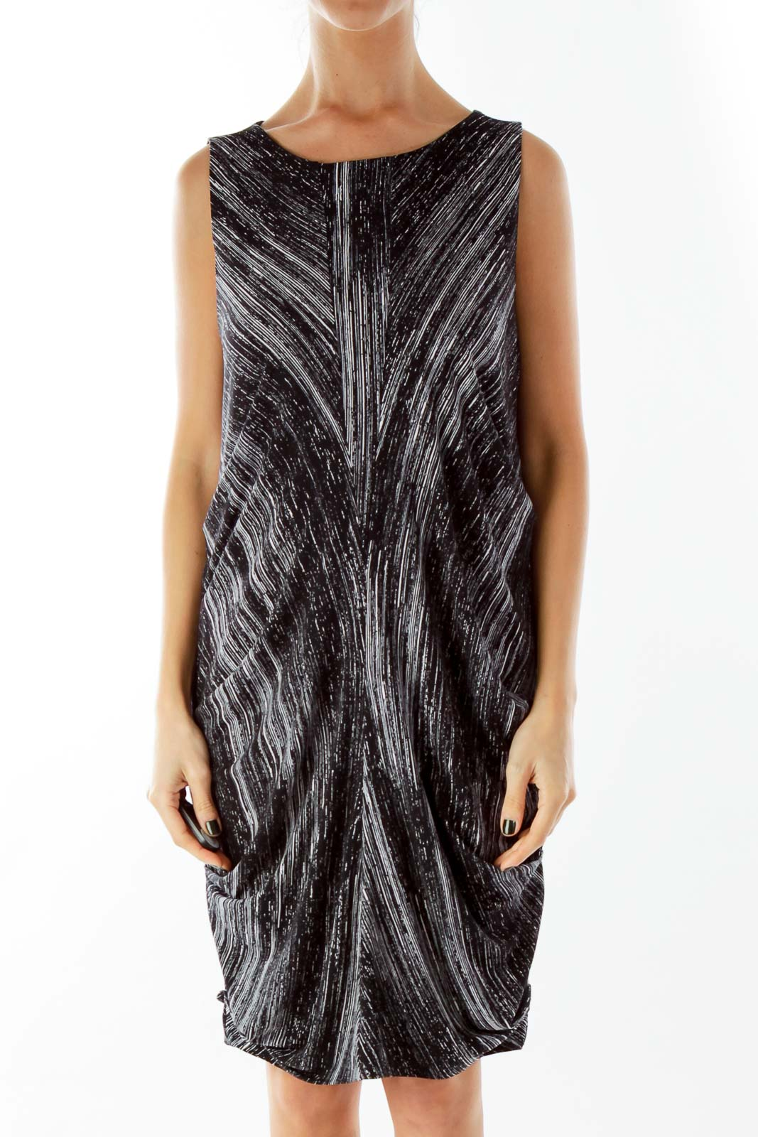 Black White Print Sleeveless Day Dress Front