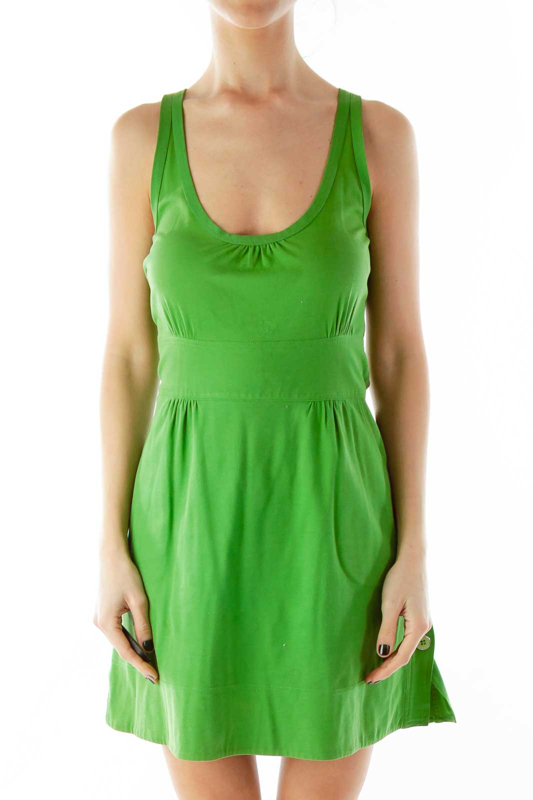 Green Buttoned Pocketed Round Neck Dress Front