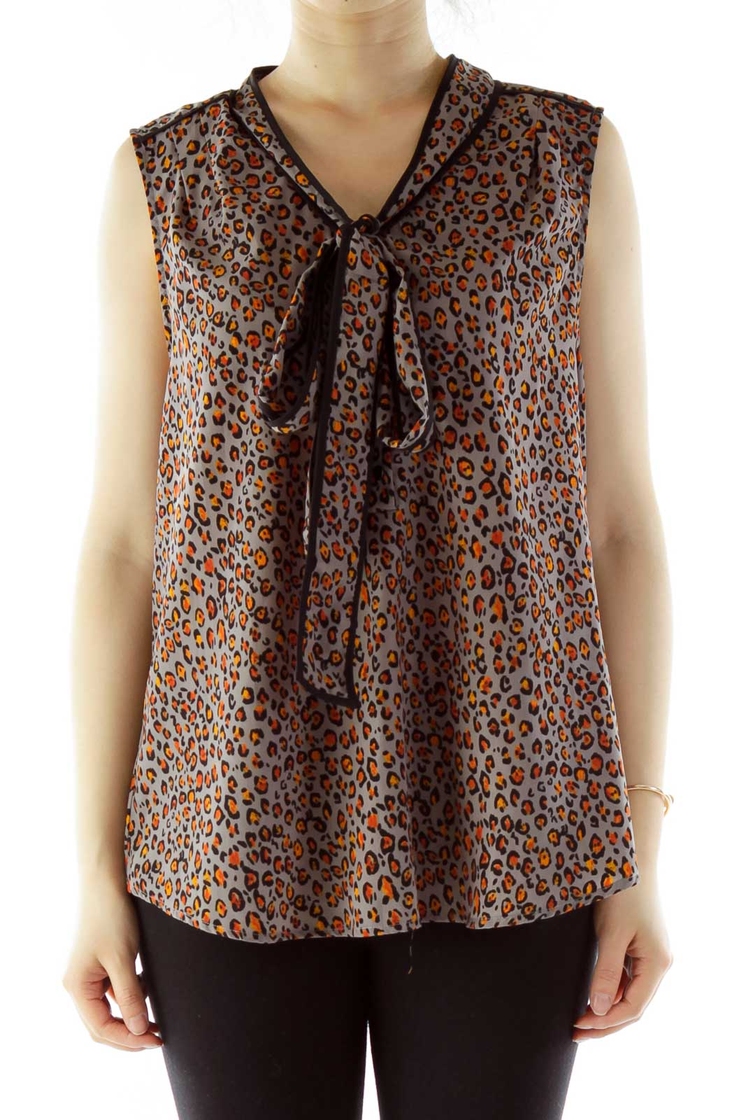 Gray Leopard Sleeveless Blouse With Sash Detail Front