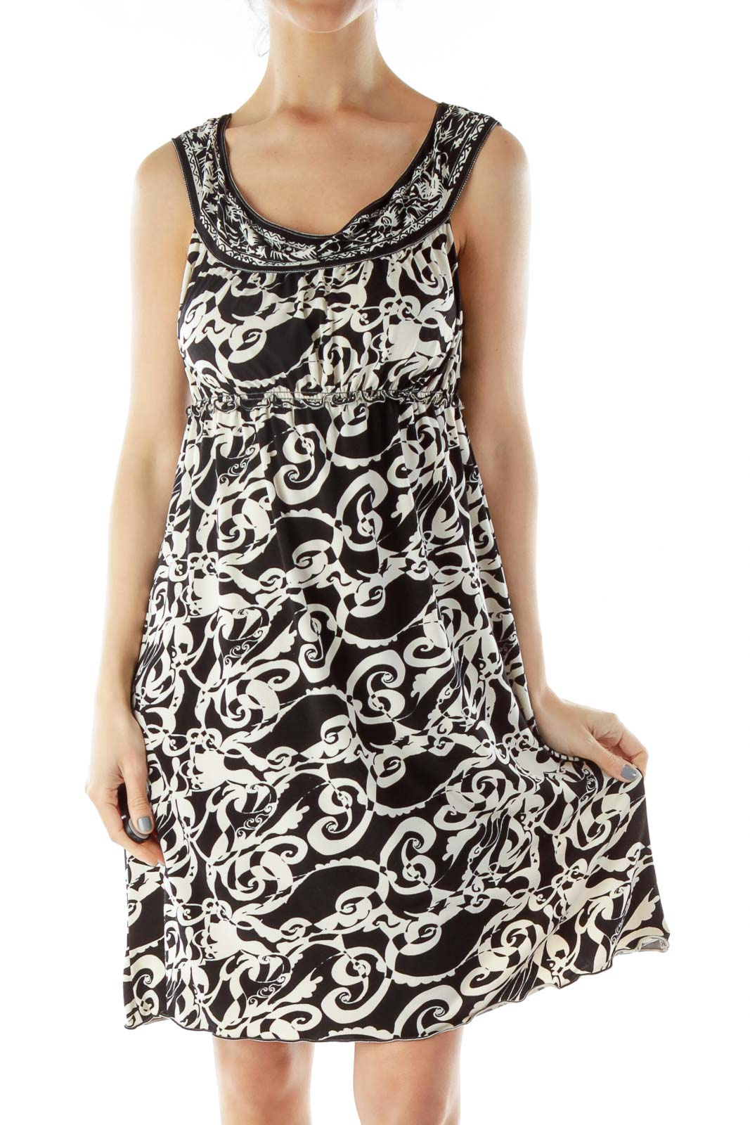 Black White Print Dress with Boat Neckline Front