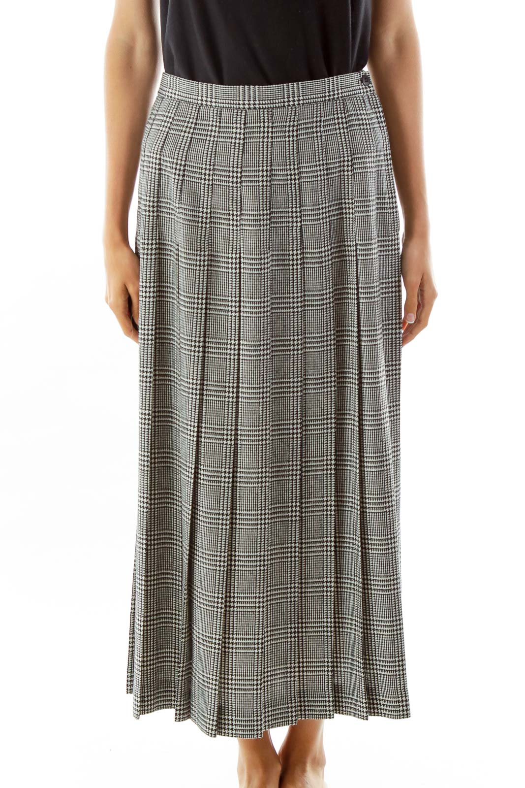 Black White Houndstooth Pleated Maxi Skirt Front