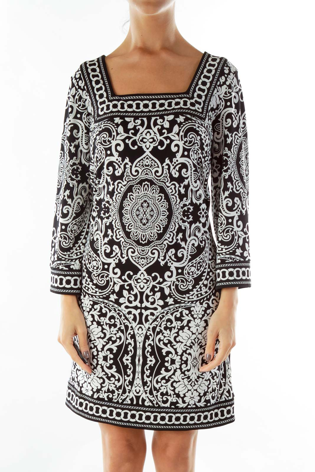 Black and White Square Neck Day Dress Front