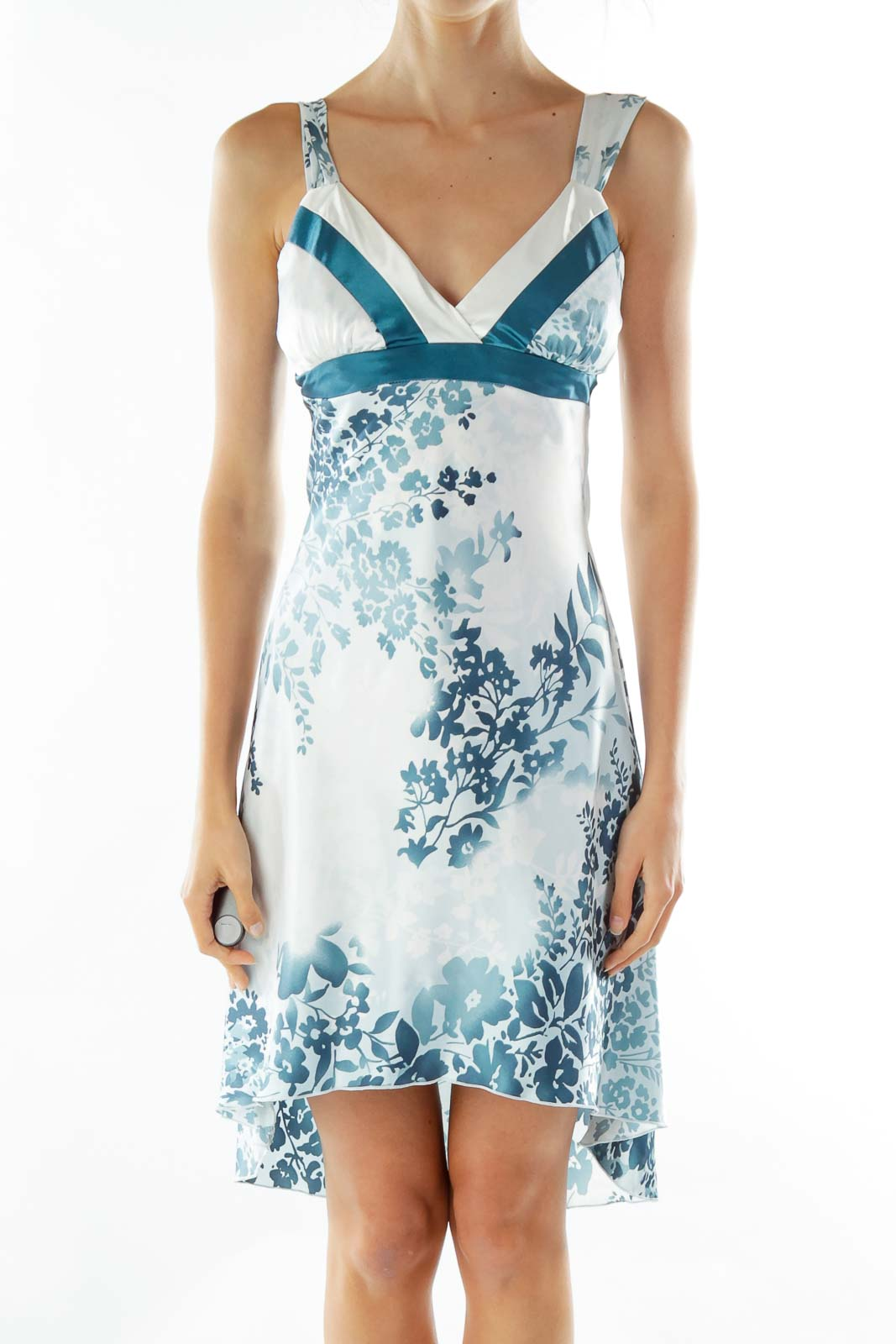 White Blue Printed Sleeveless Cocktail Dress Front