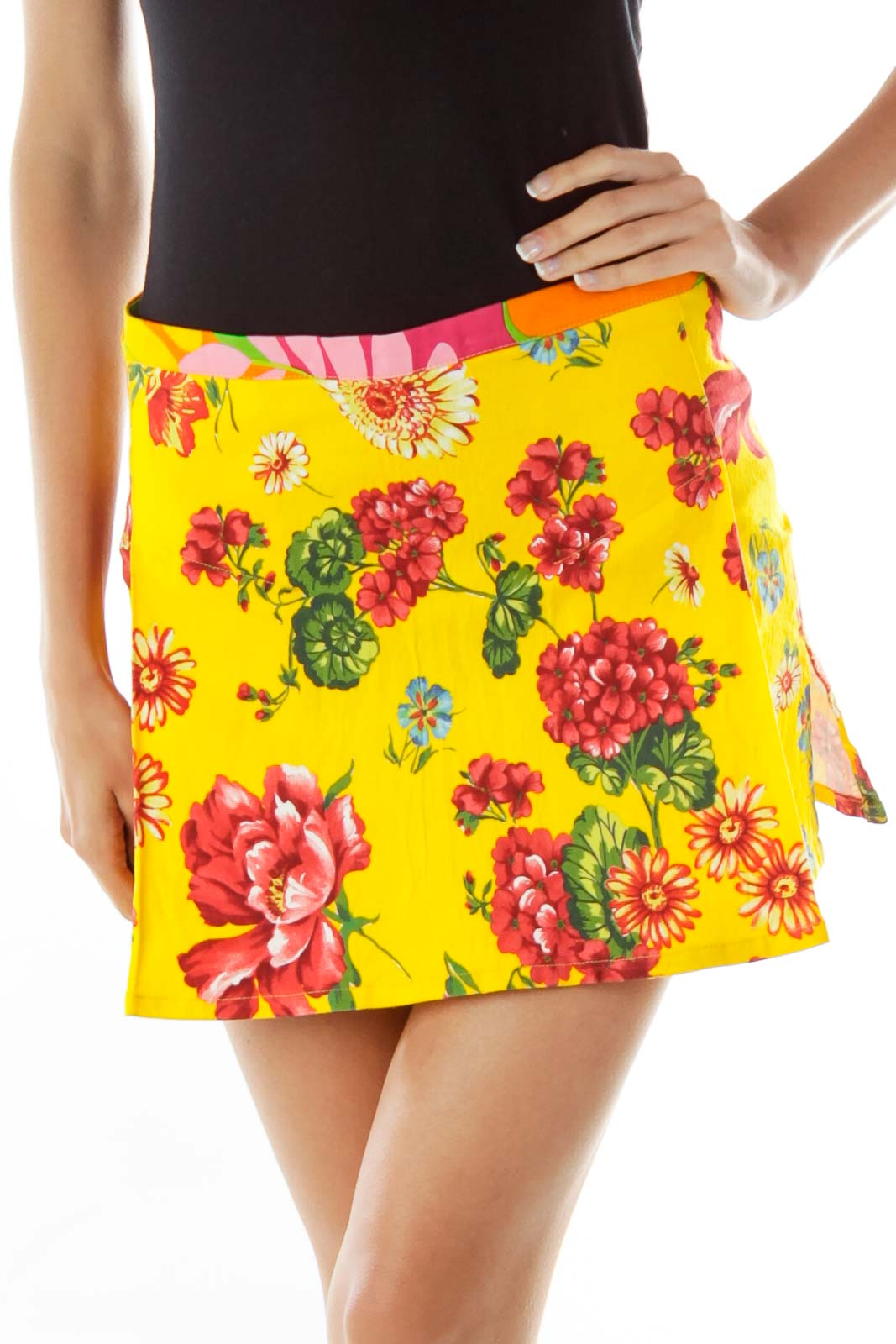 Yellow Floral Pleated Miniskirt Front