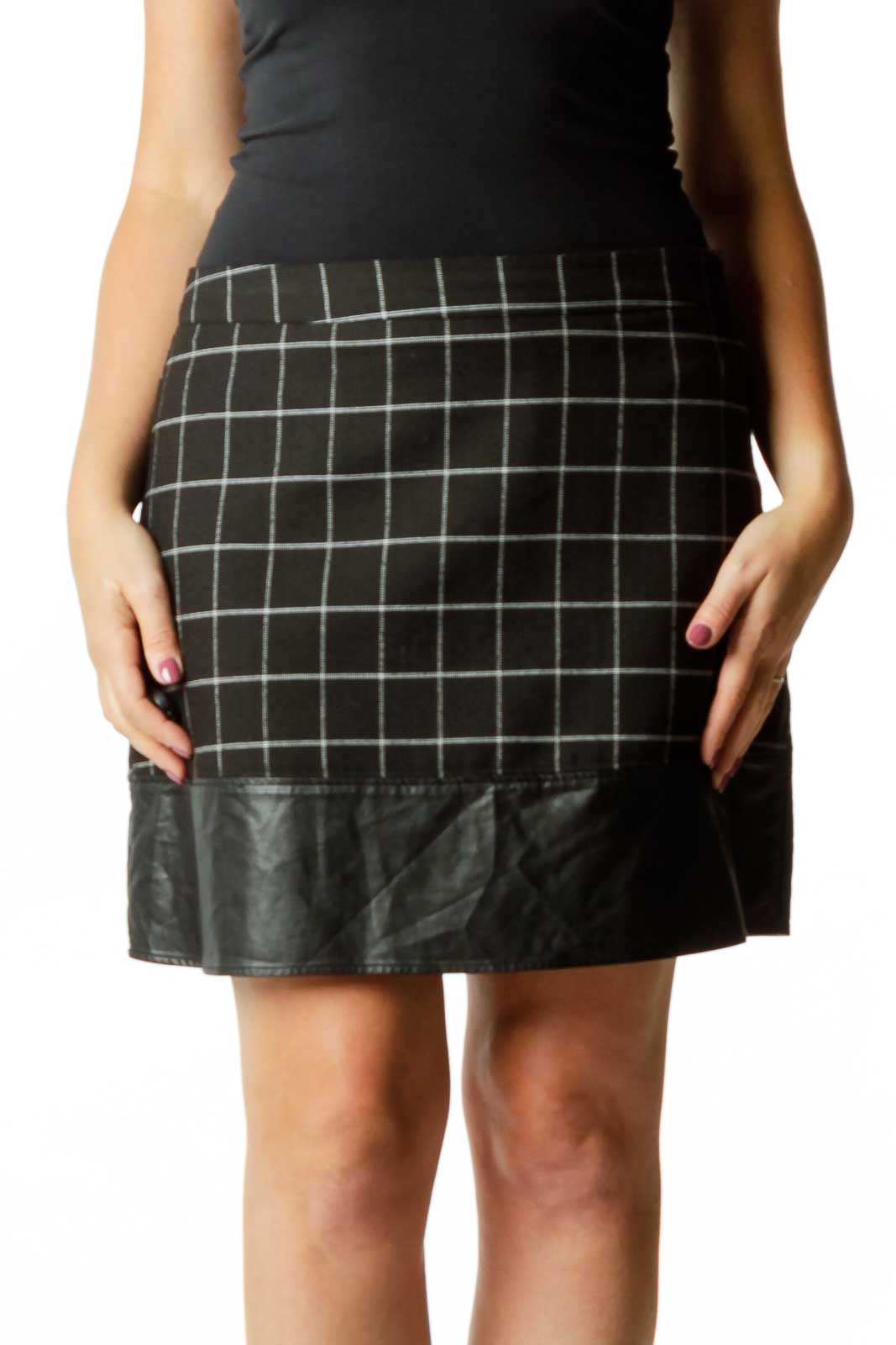 Black & White Checkered Mini Skirt Front