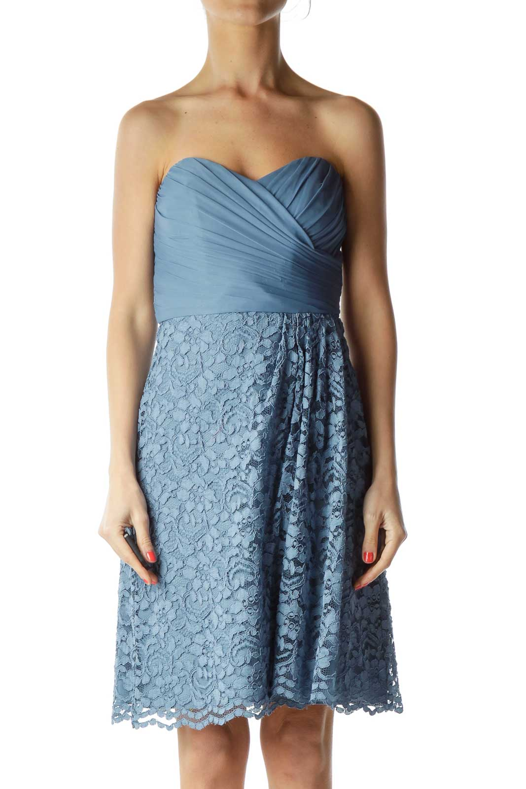 Blue Sweetheart Neck Lace Cocktail Dress Front
