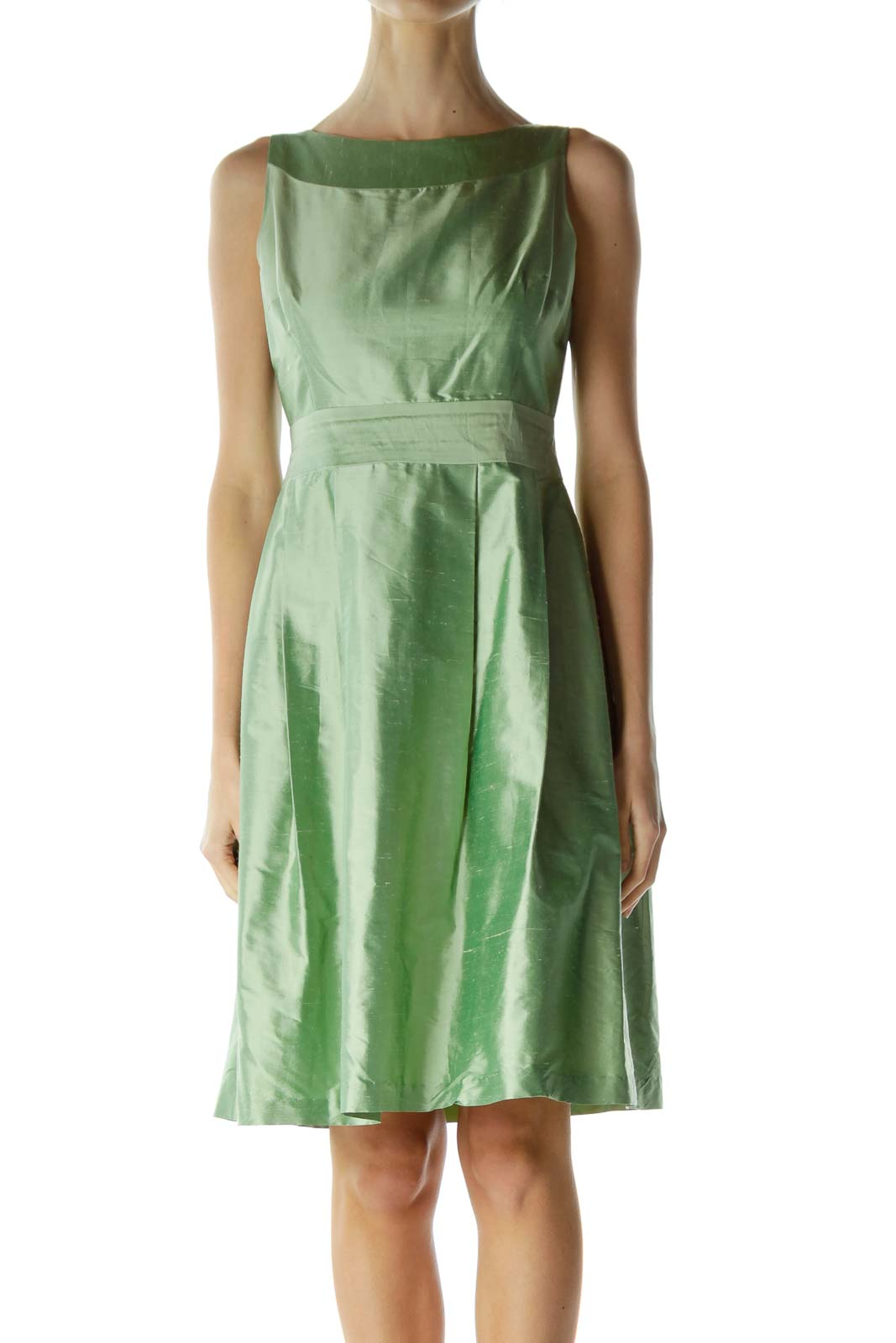 Green Boat Neck Sleeveless Cocktail Dress Front