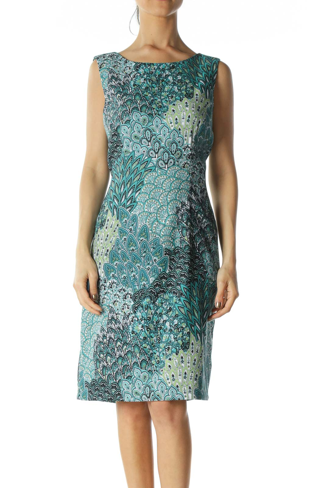 Green Paisley-Graphic Shift Dress Front