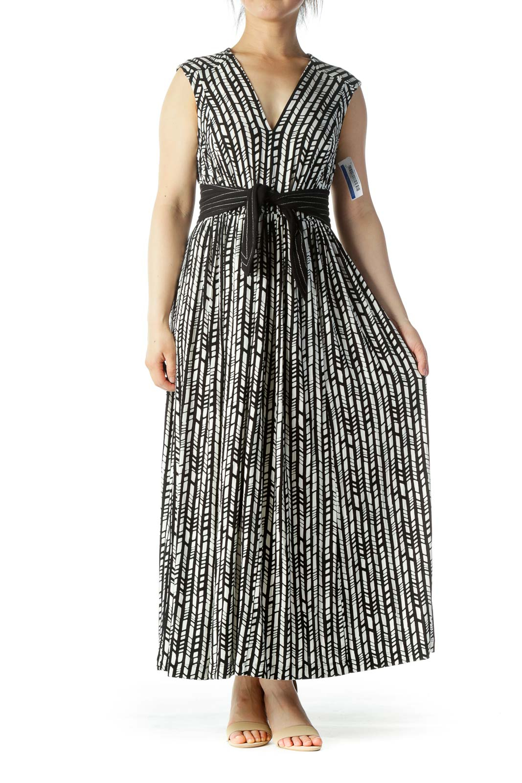 Black White Geo Patterned Maxi Dress Front