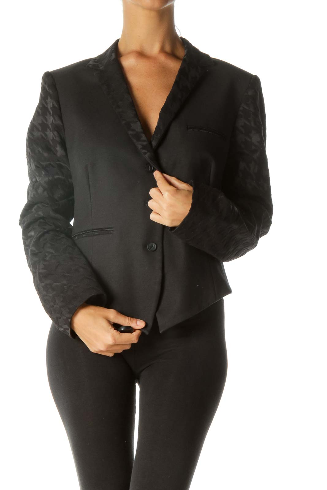 Black Jacquard Houndstooth Pattern Faux-Pockets Buttoned Blazer Front