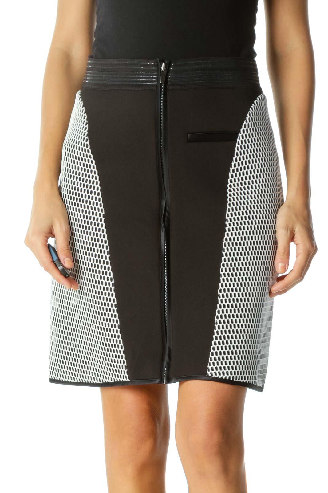 Black Elastic Stick-On Waist Applique Mesh Zippered Skirt Front