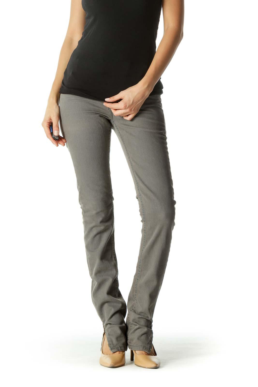 Gray Ankle Zippers Back Pocket Applique Slim Denim Pants Front