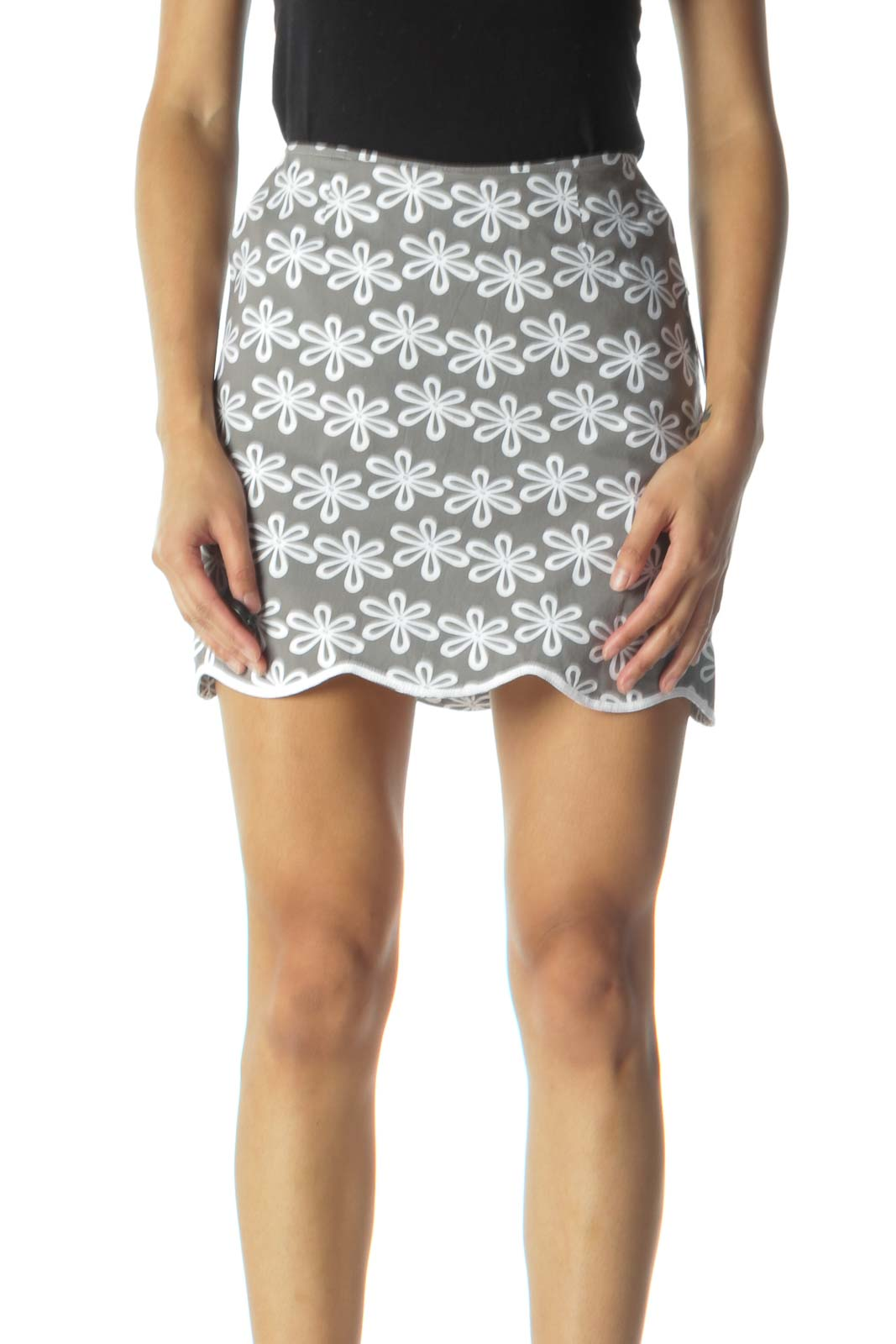 Gray and White Flower Print Scalloped Skirt Front