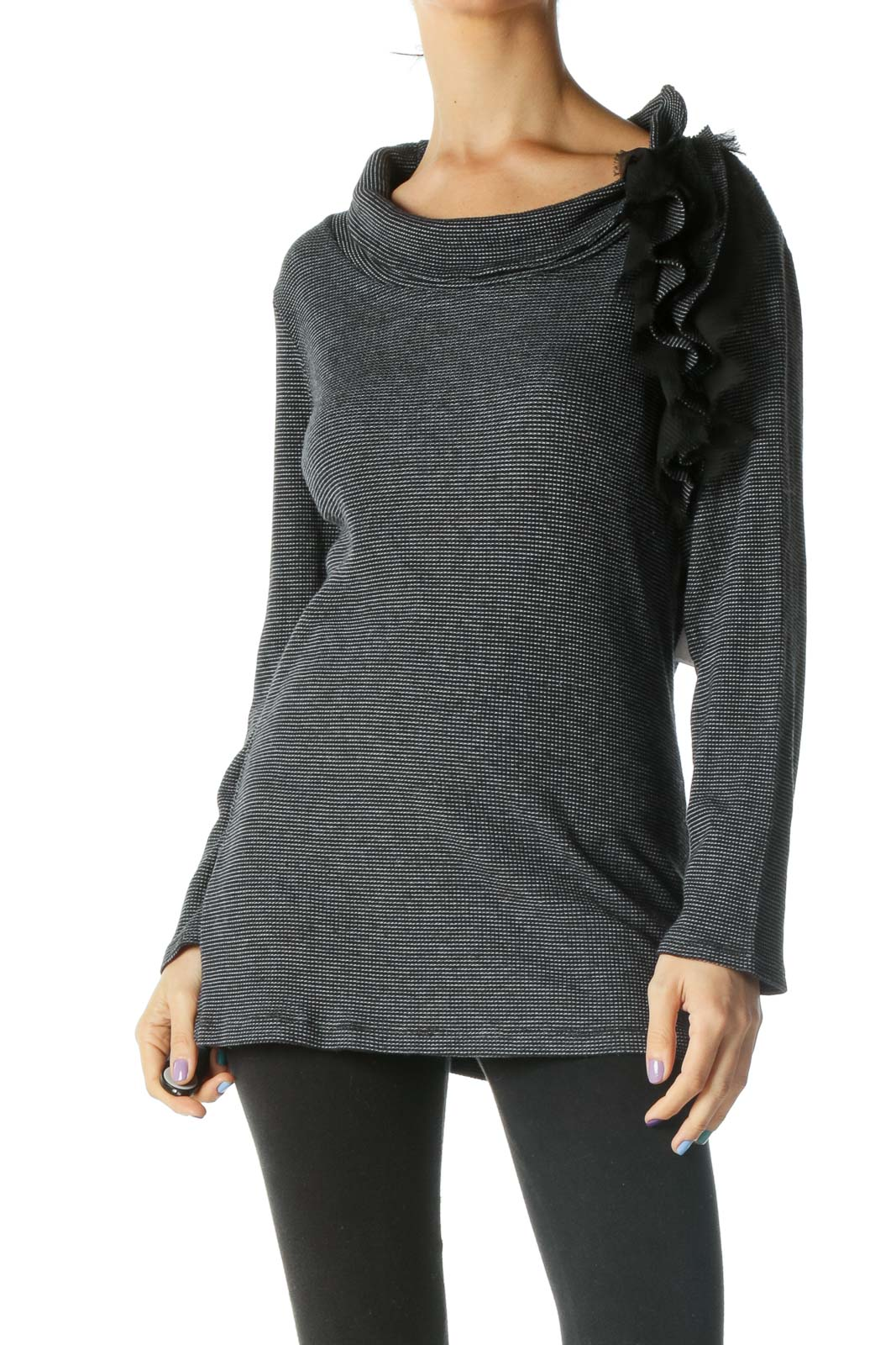 Black White Ruched Long Sleeve Shirt Front
