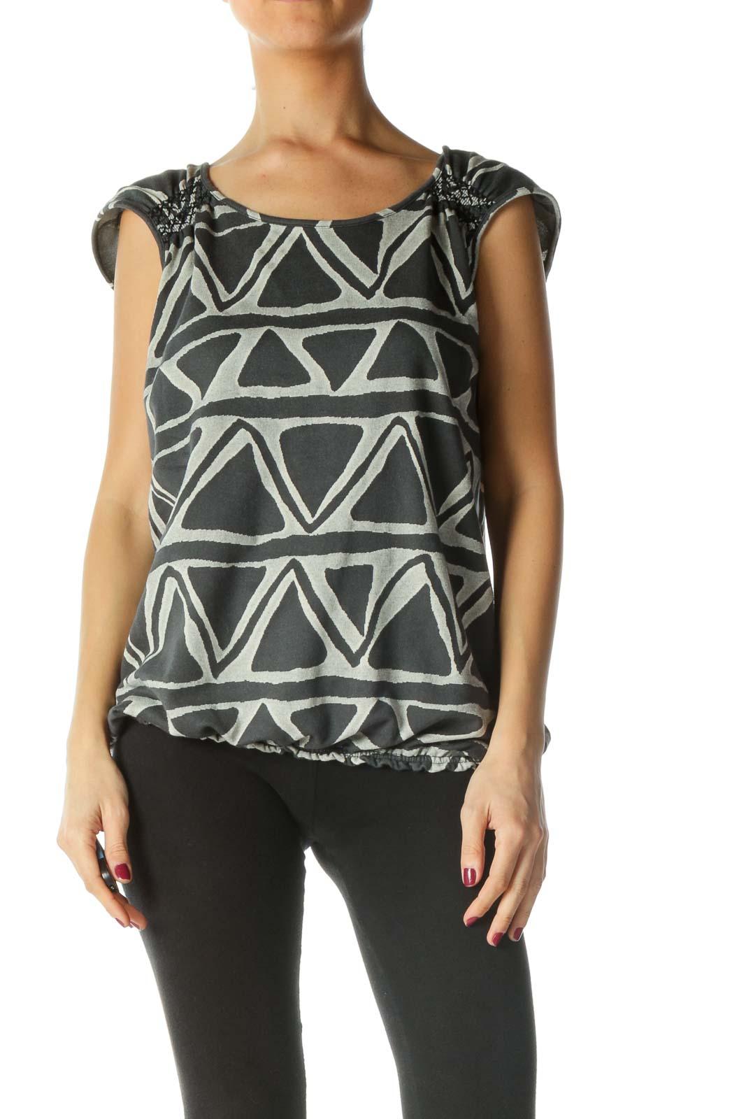 Grey Geometric Sleeveless Knit Top Front