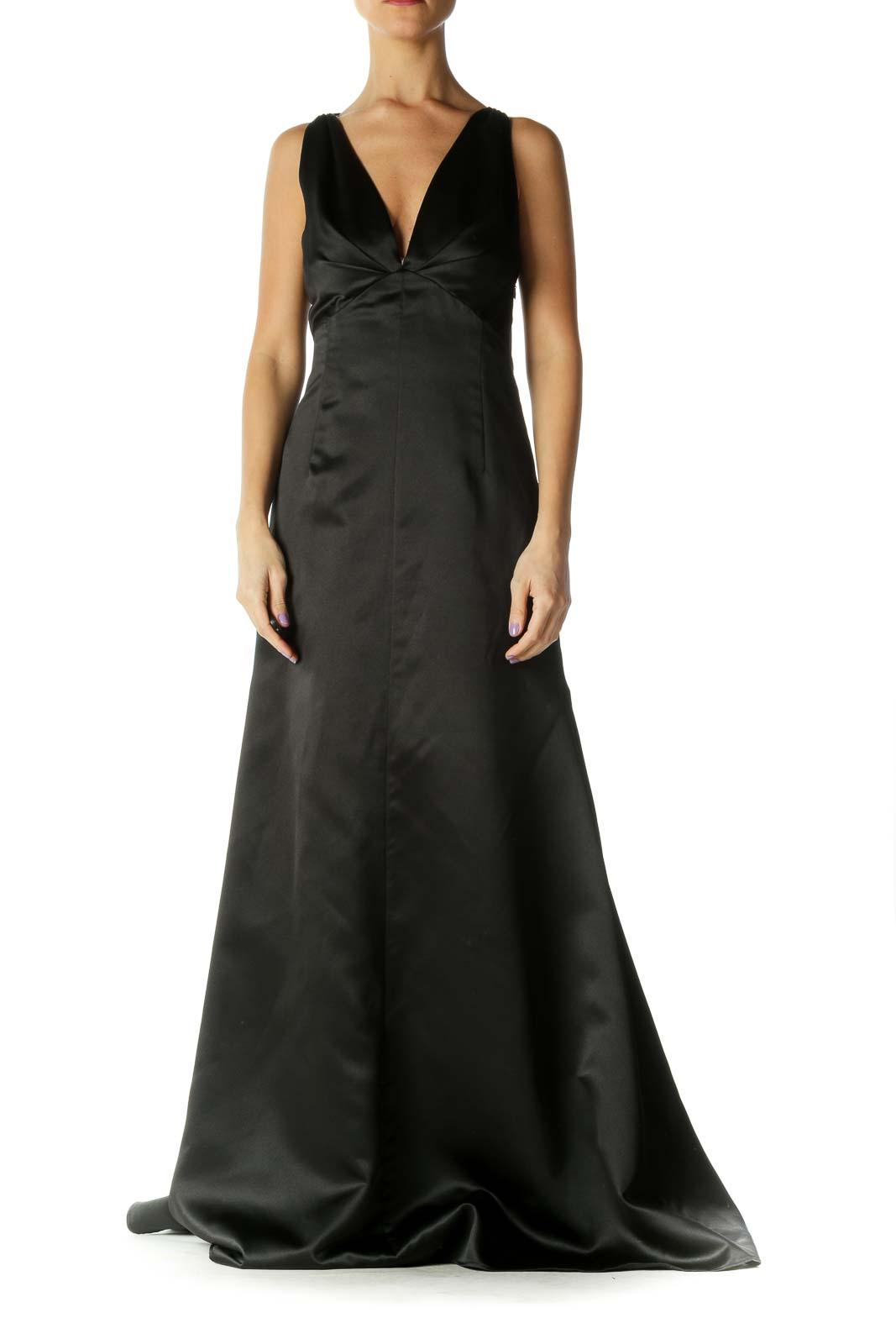 Black V-Neck Trumpet Evening Dress Front