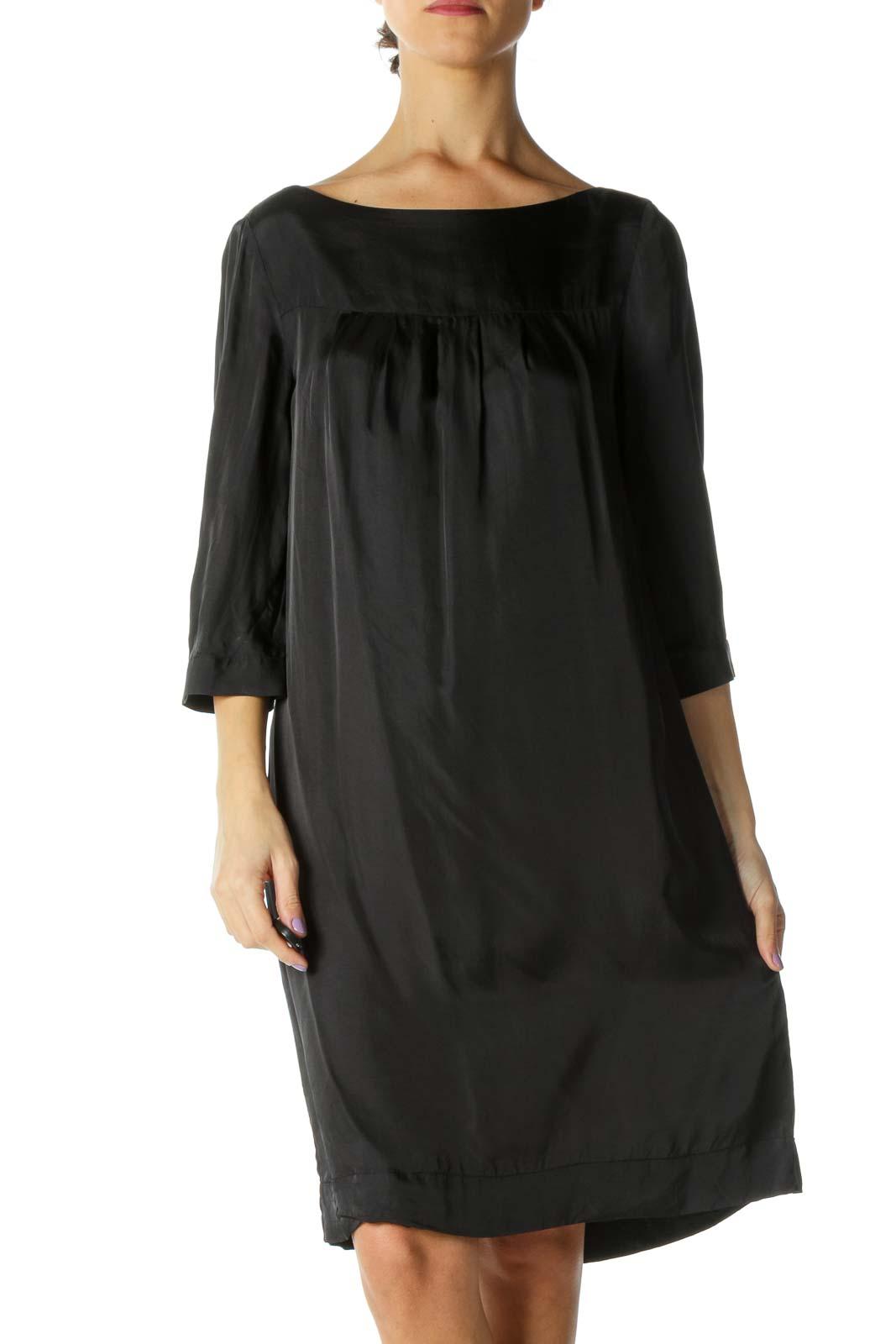 Black Round Neck Shift Dress Front