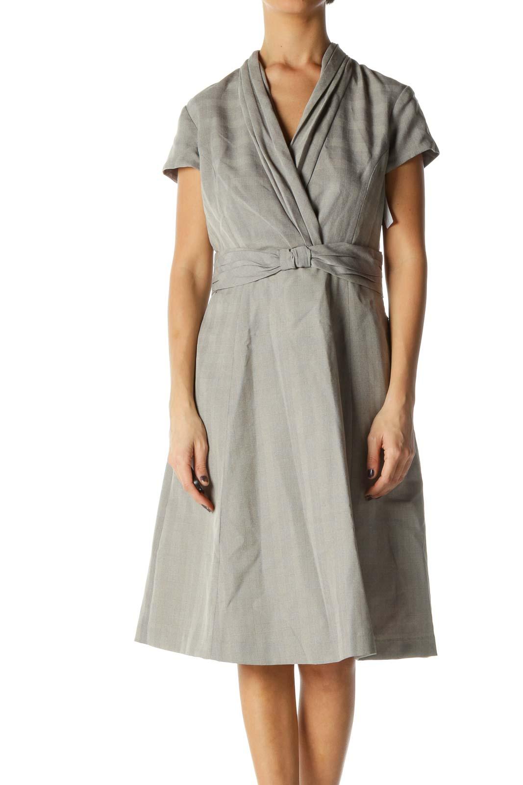 Gray Solid V Neck A-Line Dress Front