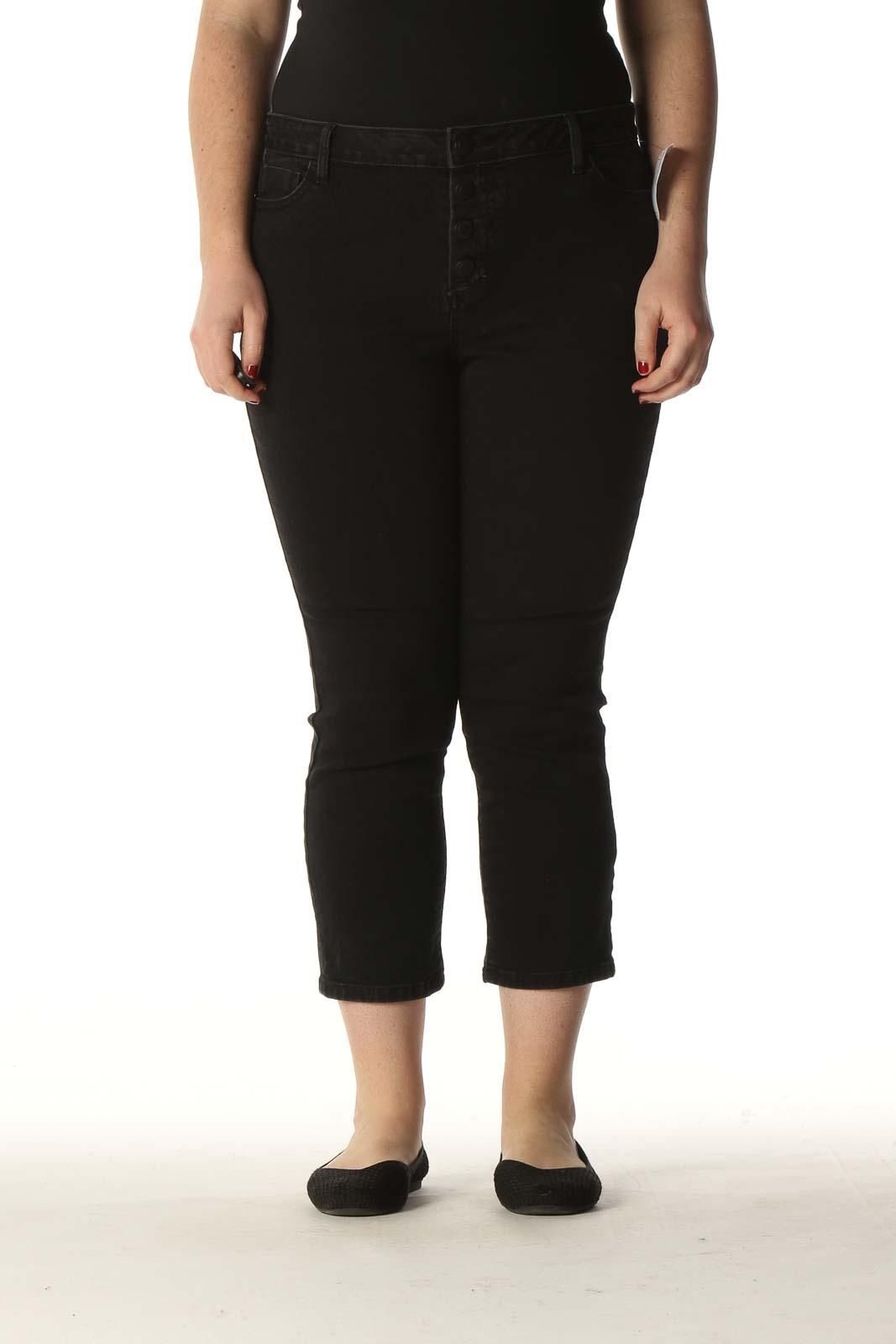 Black Solid Casual Capri Pants Front