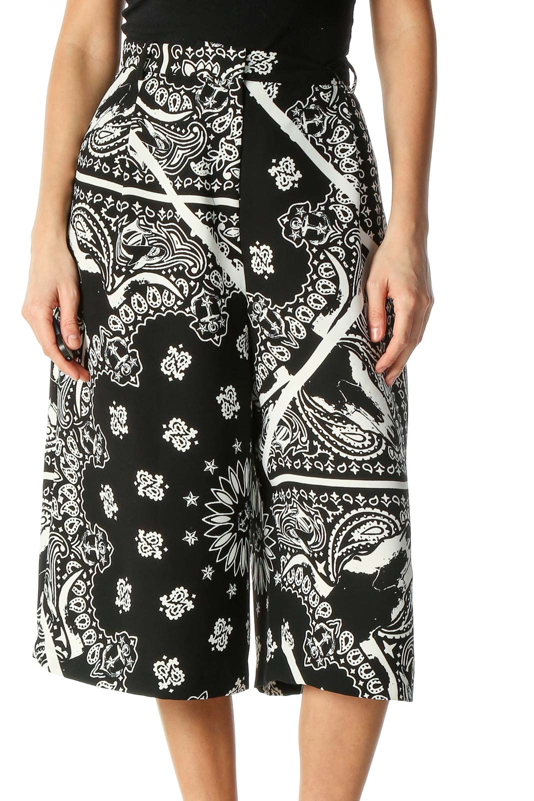 Black Paisley Holiday Culottes Pants Front