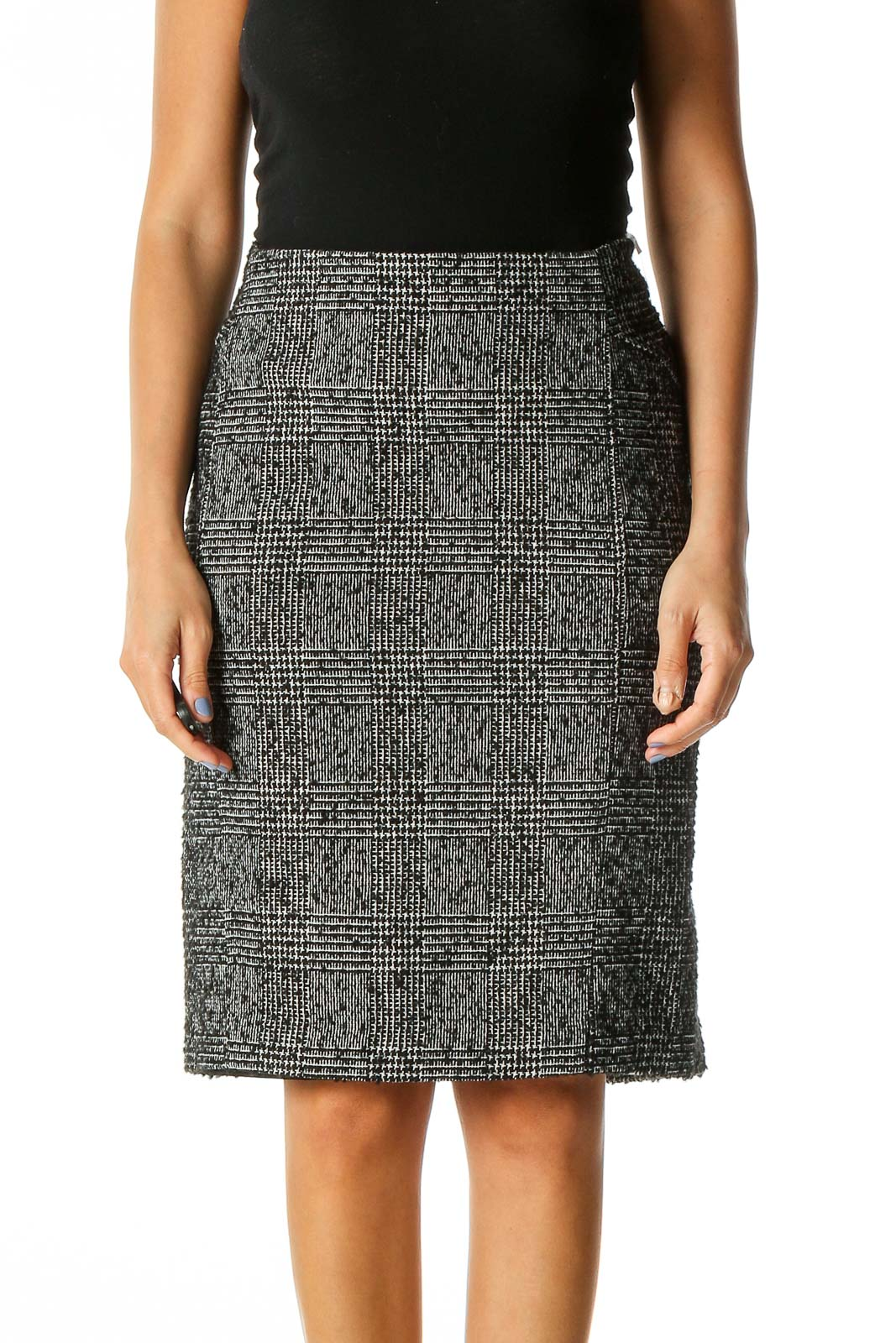Black Textured Casual Straight Skirt Front
