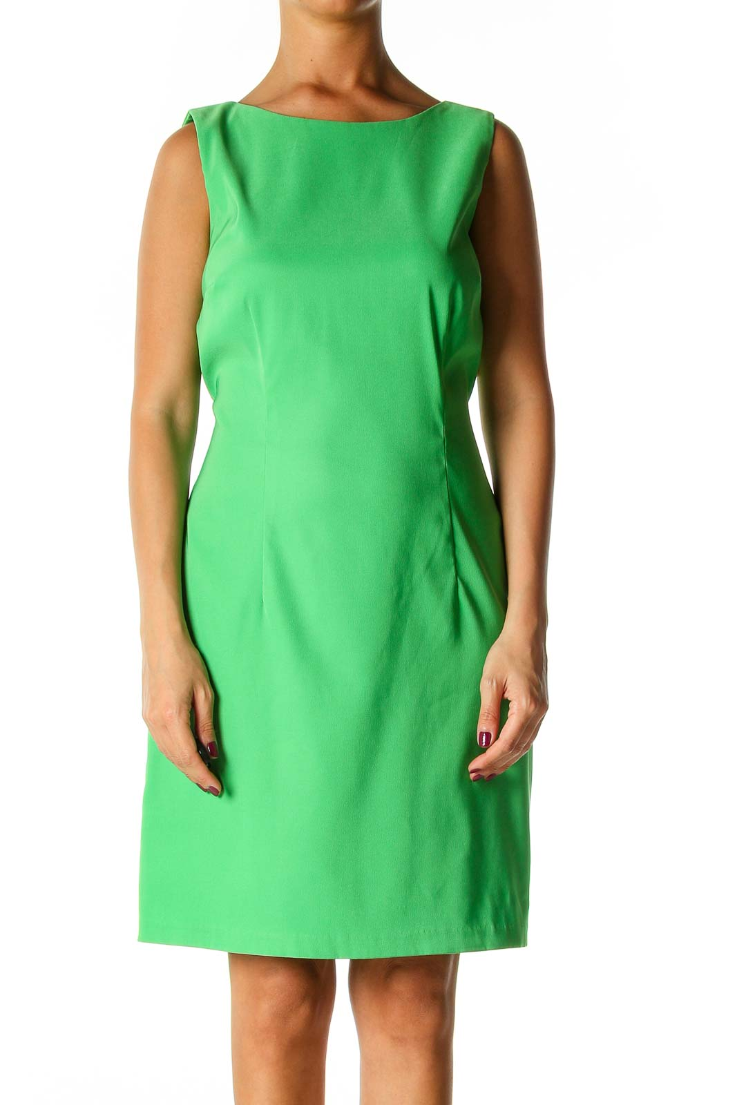Green Solid Casual Shift Dress Front