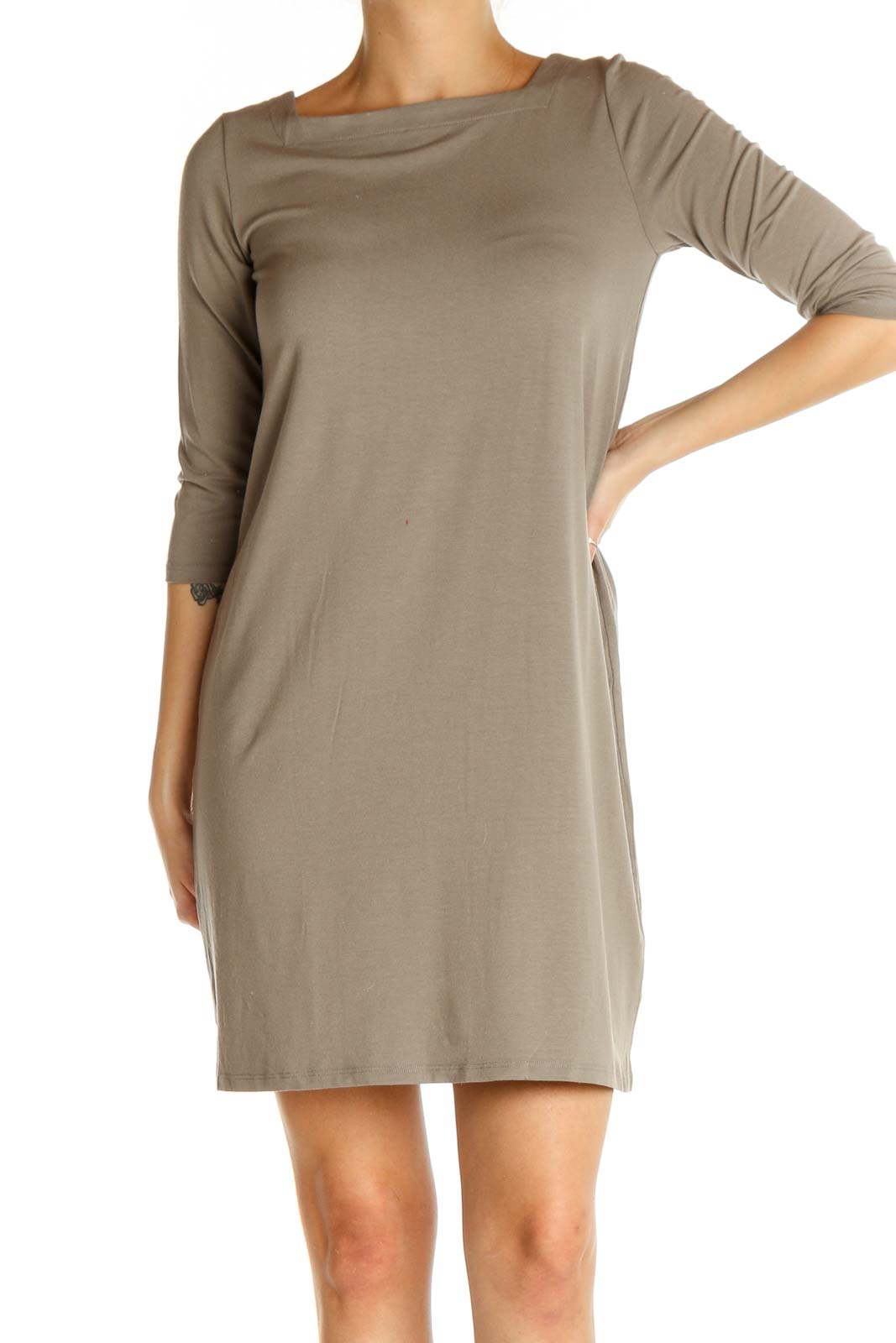 Gray Solid Classic Sheath Dress Front