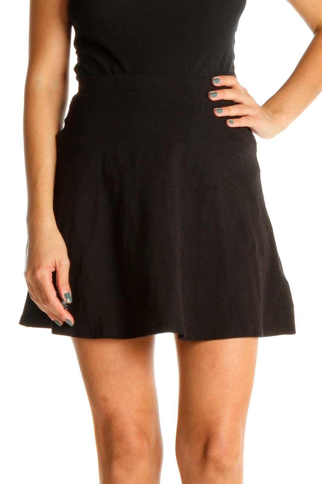 Black Solid Chic A-Line Skirt Front