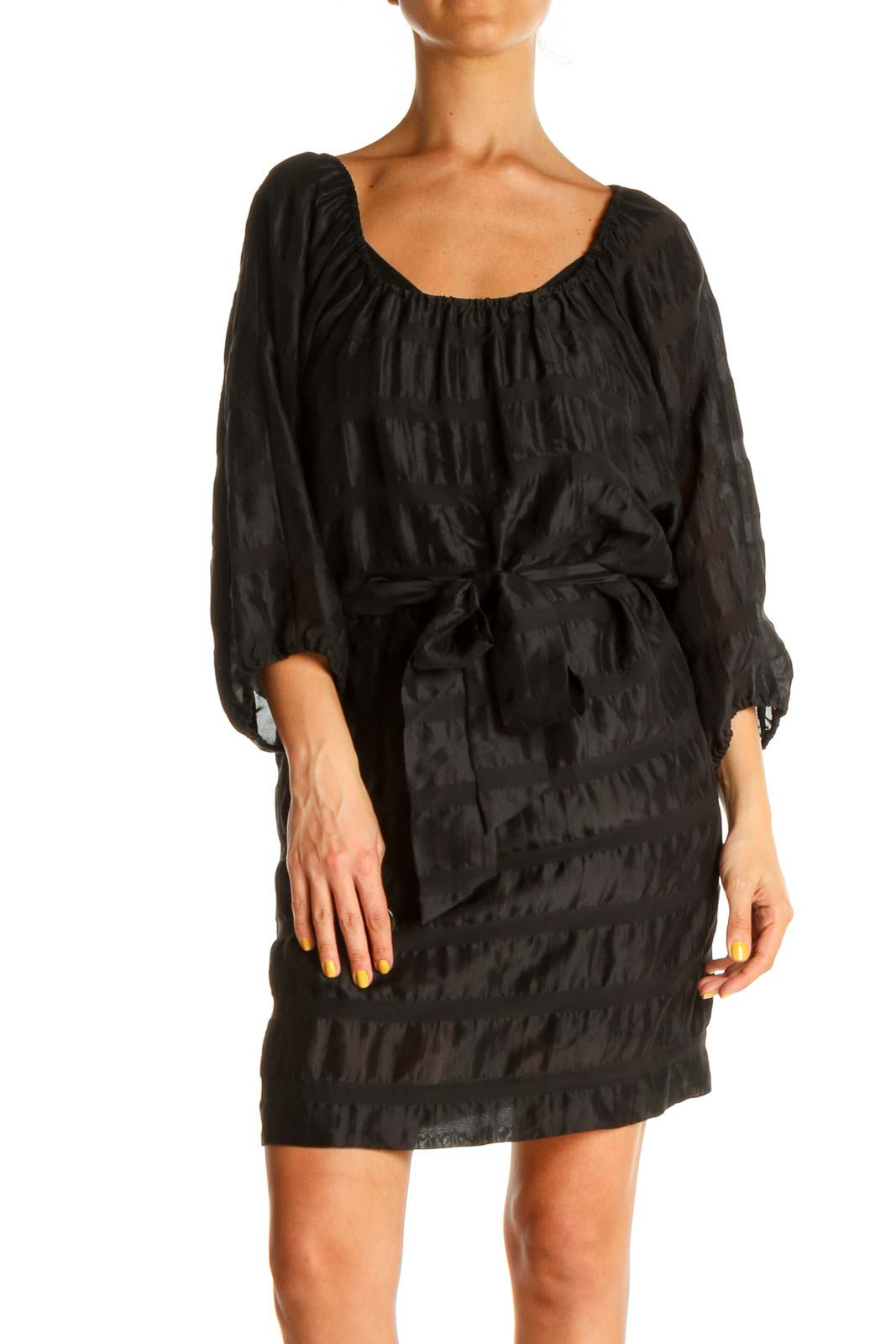 Black Solid Chic Shift Dress Front