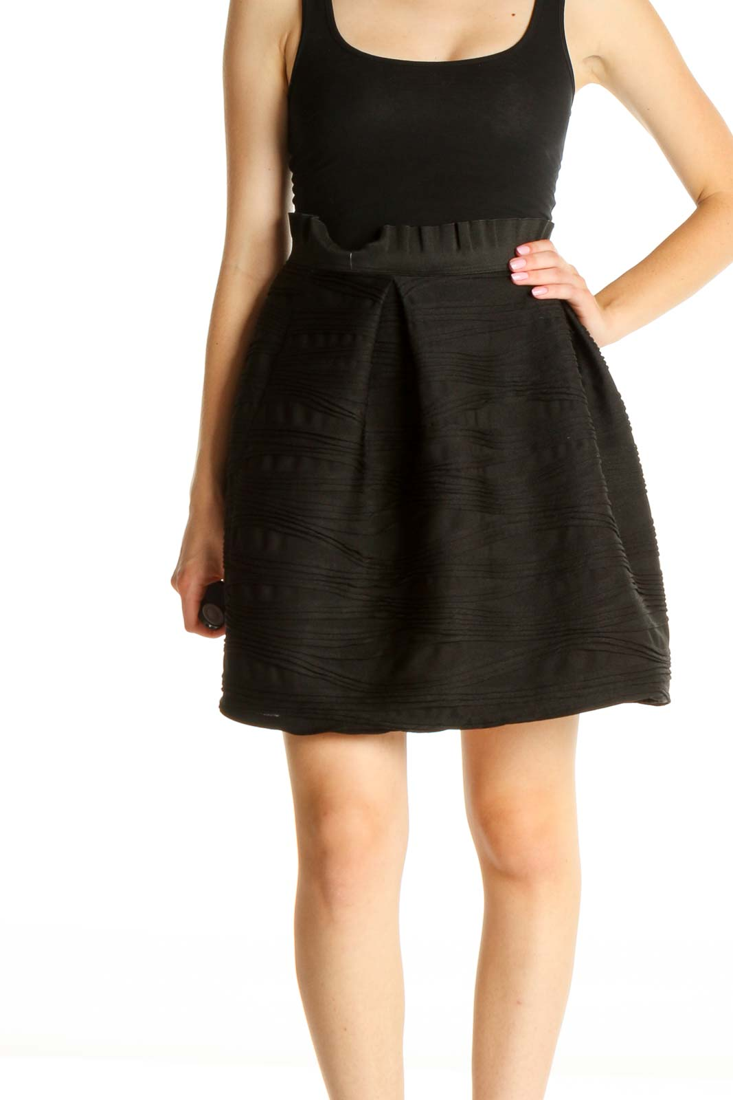 Black Solid Chic Flared Skirt Front