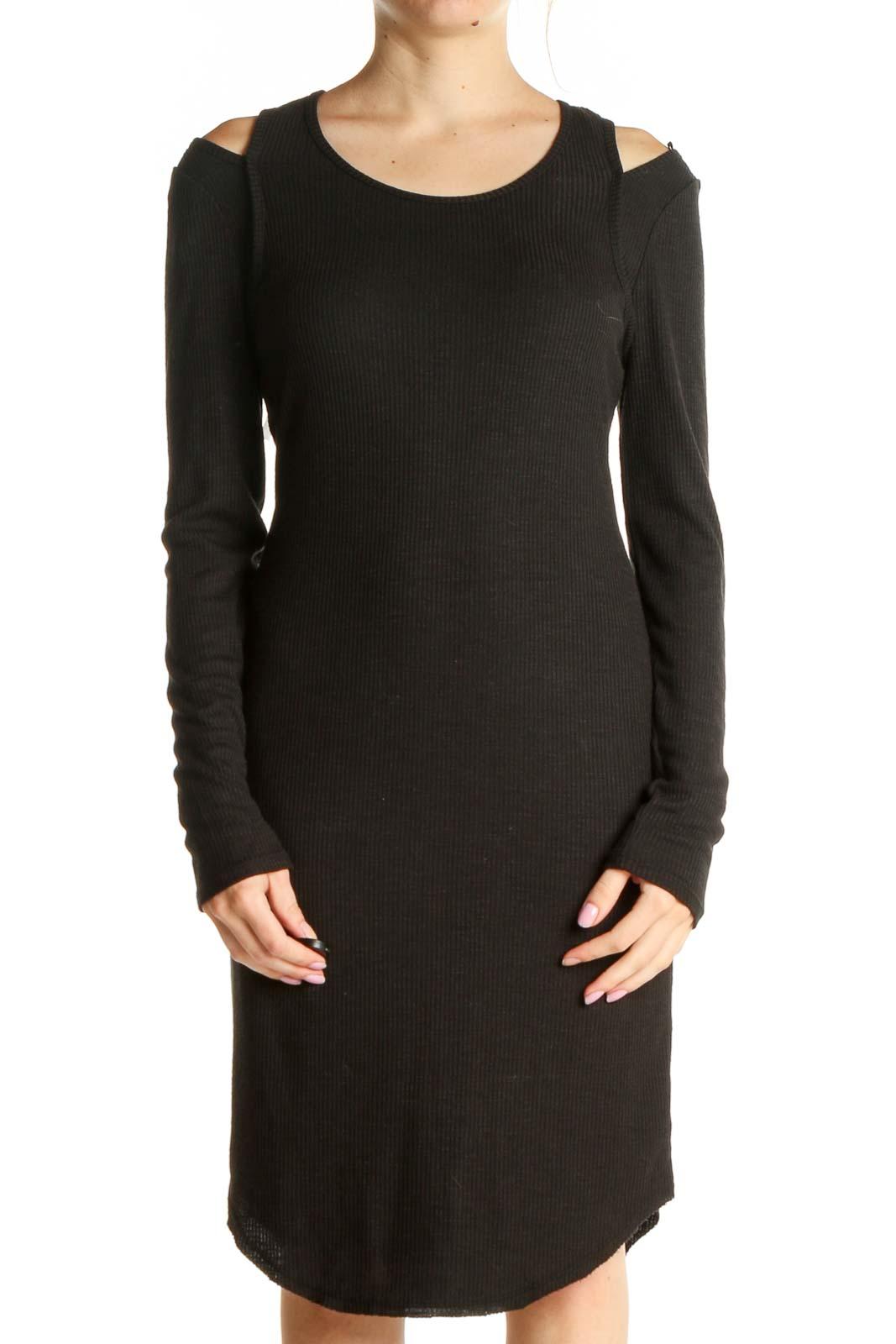 Black Solid Exposed Shoulder Sheath Dress Front